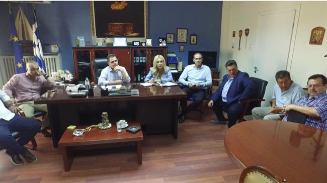 Στις πληγείσες αγροτικές περιοχές  Ημαθίας και Χαλκιδικής η Υφυπουργός Αγροτικής Ανάπτυξης κ. Φωτεινή Αραμπατζή
