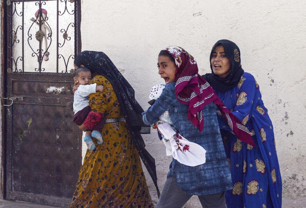 ΟΜΑΔΑ ΓΥΝΑΙΚΩΝ ΝΑΟΥΣΑΣ (ΜΕ ΛΟΣ ΤΗΣ ΟΜΟΣΠΟΝΔΙΑΣ ΓΥΝΑΙΚΩΝ ΕΛΛΑΔΑΣ,ΟΓΕ): Καταγγελία της νέας ιμπεριαλιστικής επέμβασης στη Συρία