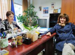 Τα προβλήματα στα γυμνάσια και λύκεια συζήτησε η βουλευτής Φρόσω Καρασαρλίδου με τη διευθύντρια Β/θμιας Εκπαίδευσης κα Μαυρίδου