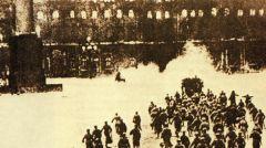 ΜΕΓΑΛΗ ΟΚΤΩΒΡΙΑΝΗ ΣΟΣΙΑΛΙΣΤΙΚΗ ΕΠΑΝΑΣΤΑΣΗ: Σαν σήμερα πριν 102 χρόνια «Ο πάγος έσπασε, ο δρόμος χαράχτηκε!»