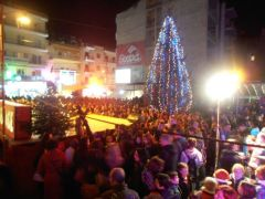Να σταματήσουν οι πολιτικές Χριστουγεννιάτικου …υπερκαταναλωτισμού!