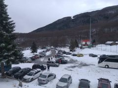 Σε πλήρη ετοιμότητα  ο Δήμος  Νάουσας στην πρώτη χιονόπτωση στον ορεινό όγκο του Βερμίου. Ανοικτό το οδικό δίκτυο από και προς το Χιονοδρομικό Κέντρο