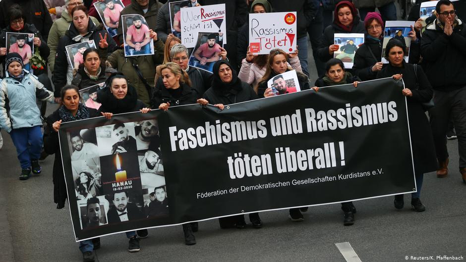 «Η Γερμανία έχει τεράστιο ναζιστικό πρόβλημα»