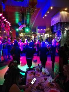 Με μεγάλη επιτυχία πραγματοποιήθηκε ο ετήσιος χορός του ΣΥΡΙΖΑ Ημαθίας, στο κέντρο ΑΚΡΟΠΟΛΗ
