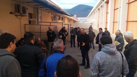 ΝΑΟΥΣΑ: Περιοδεία του Λ. Στολτίδη στο εργοστάσιο της «Νηματουργίας Βαρβαρέσος»