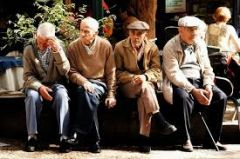 """Ψεύτικο το """"ενδιαφέρον"""" για τους ηλικωμένους"""