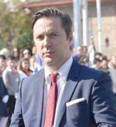 Δήλωση Δημάρχου Νάουσας Νικόλα Καρανικόλα για την απόφαση του Δημοτικού Συμβουλίου σχετικά με την μείωση δημοτικών τελών κατά 50% και της απαλλαγής  υποχρεώσεων για τραπεζοκαθίσματα, για δύο μήνες,  σε καταστήματα εστίασης και επιχειρήσεις