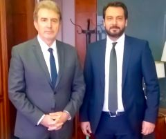 Συνάντηση εργασίας, για θέματα εφ' όλης της ύλης, πραγματοποίησε ο Τάσος Μπαρτζώκας με τον Υπουργό Προστασίας του Πολίτη, κ. Μιχάλη Χρυσοχοΐδη
