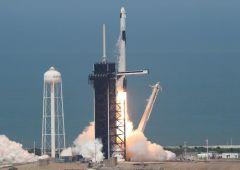 SpaceX: Αυτή ήταν η απογείωση της πρώτης επανδρωμένης ιδιωτικής διαστημικής πτήσης της ανθρωπότητας