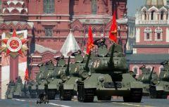 Στρατιωτική παρέλαση και συσχετισμοί σκοπιμότητας