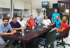 Στην «καρδιά» της παραγωγής και εμπορίας φρούτων βρέθηκε ο Δήμαρχος Νάουσας, Νικόλας Καρανικόλας, με διαδοχικές του επισκέψεις σε αγροτικούς συνεταιρισμούς