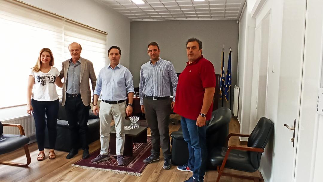 Η άμεση σύνδεση της Νάουσας με το δίκτυο φυσικού αερίου, στο επίκεντρο της συνάντησης του Δημάρχου Νικόλα Καρανικόλα με στελέχη της EDIL HELLAS