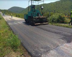 Επισκευές στο δρόμο Βέροιας  Σελίου από την Περιφερειακή Ενότητα Ημαθίας