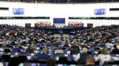 ΕΥΡΩΚΟΙΝΟΒΟΥΛΕΥΤΙΚΗ ΟΜΑΔΑ ΤΟΥ ΚΚΕ: Καταγγέλλει τον αντικομμουνισμό και την επιχείρηση πλαστογράφησης της Ιστορίας από την ΕΕ