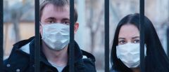 Πάμε σχολείο με 2 μάσκες και 1 παγουρίνο κι η υγεία μαθητών, εκπαιδευτικών στο ρίσκο