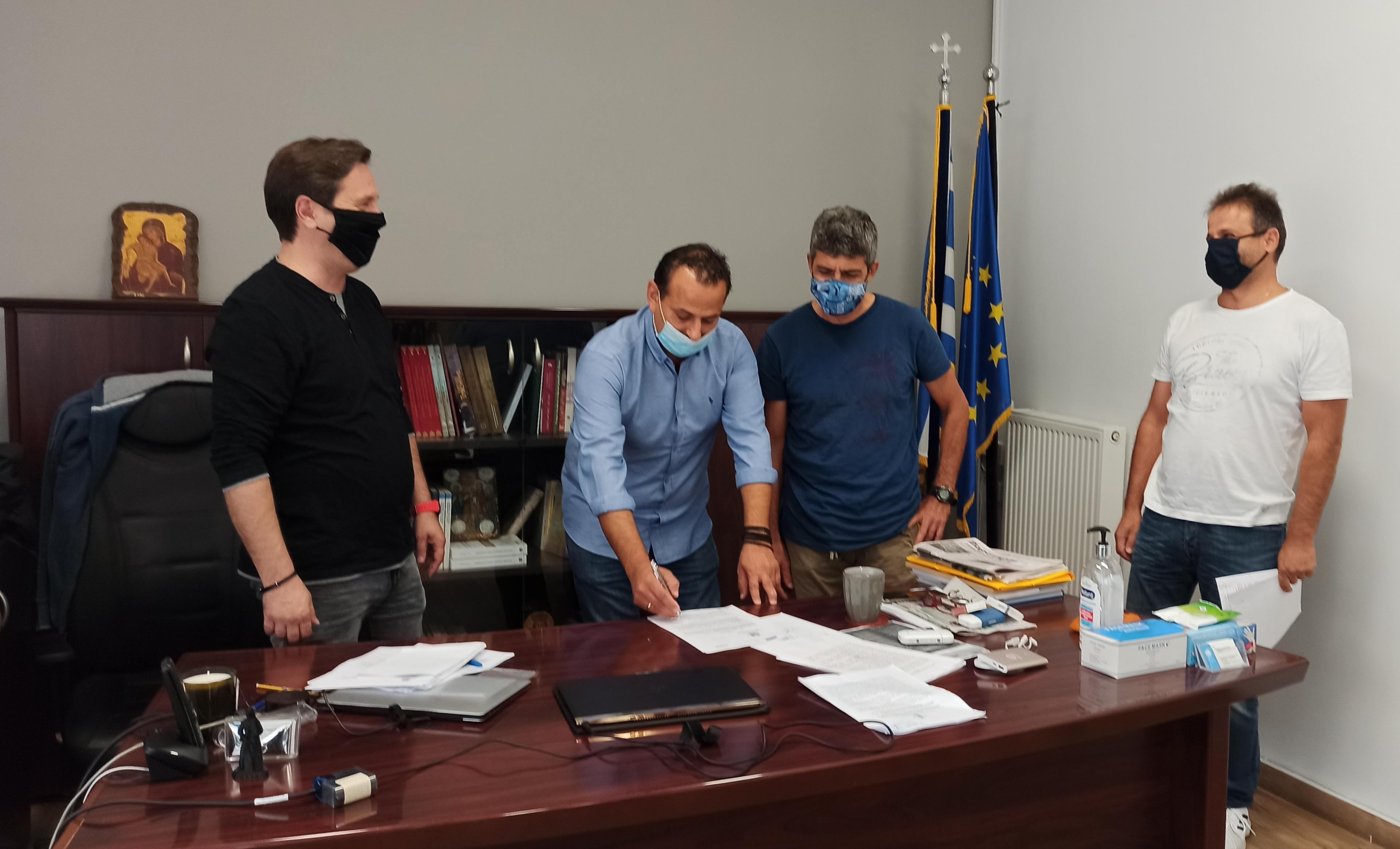 Υπεγράφη η σύμβαση έργου για τις εργασίες ενεργειακής αναβάθμισης του Γυμνασίου Ειρηνούπολης