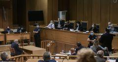 Δίκη Χρυσής Αυγής: Συνεχίζεται αύριο.Τι επικαλέστηκαν για την αναστολή των ποινών σήμερα