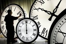 Αλλάζει η ώρα την Κυριακή. Τι προβλέπεται για τις αλλαγές στο μέλλον