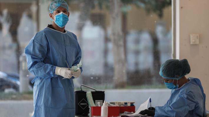 Κορονοϊός: Νέο ρεκόρ ημερήσιων κρουσμάτων  882 νέα, 90 σε ΜΕΘ, 549 θάνατοι συνολικά, 5 κρούσματα στην Ημαθία