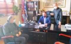 Υπογράφτηκε η σύμβαση για τη διαμόρφωση και τη δημιουργία γηπέδων, στο 1ο Λύκειο Βεροίας, και στο  9ο Δημοτικό σχολείο Δ. Βέροιας