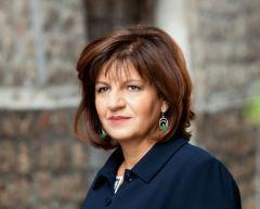 Έκκληση της βουλευτή Φρόσως Καρασαρλίδου για την αντιμετώπιση της πανδημίας.