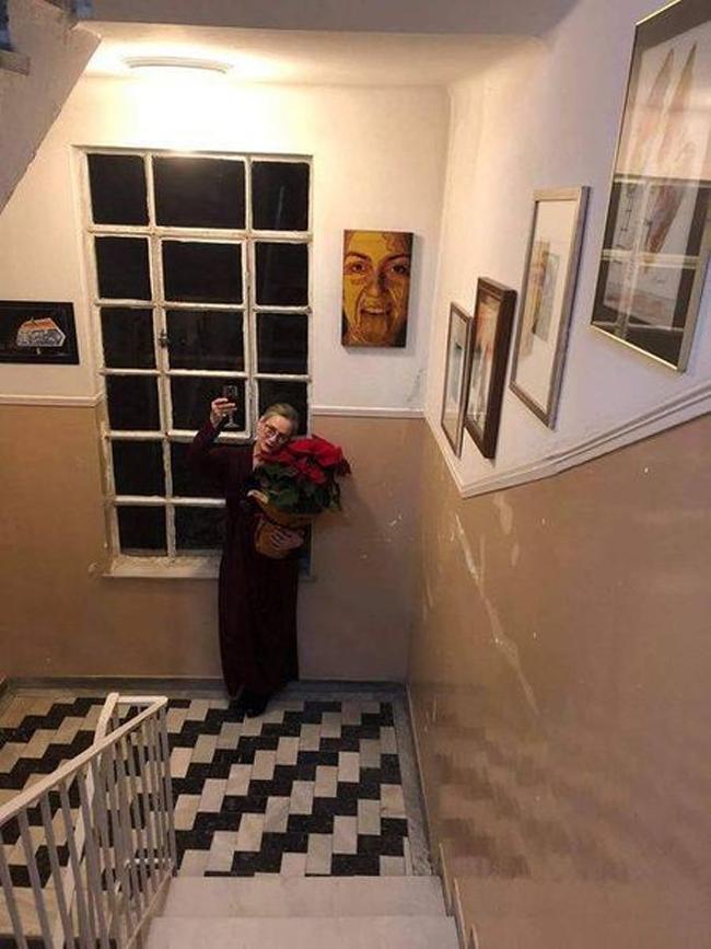 Βίκυ Παπατζίκου : «Η Τέχνη είναι αντίδοτο στις δύσκολες ημέρες που ζούμε»