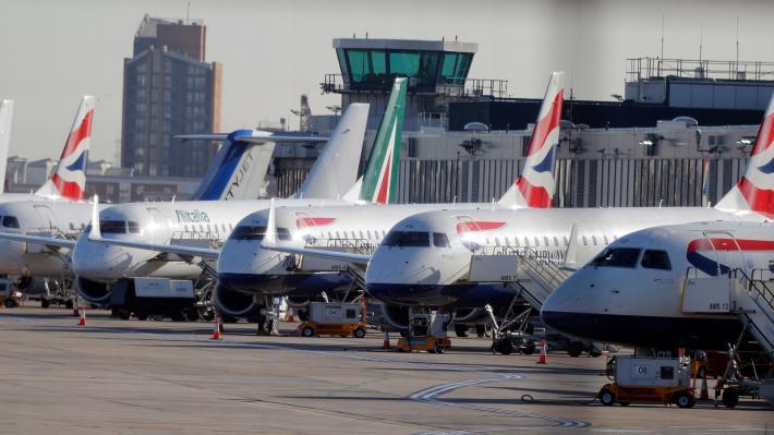Οι αεροπορικοί όμιλοι στηρίζουν την πρόταση Μητσοτάκη για πιστοποιητικό εμβολιασμού
