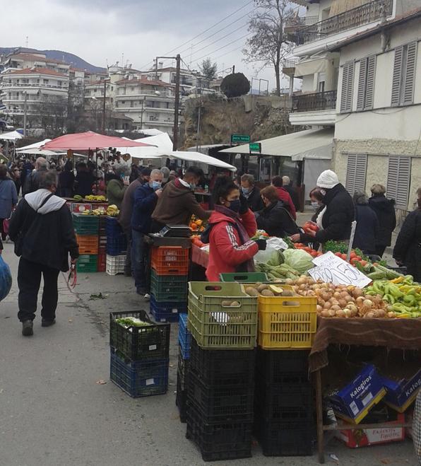 Στη Λαϊκή Αγορά δεν υπάρχει «συνωστισμός»;