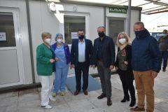 Προκατασκευασμένους οικίσκους στα νοσοκομεία Βέροιας και Νάουσας παρέδωσε ο Κώστας Καλαϊτζίδης