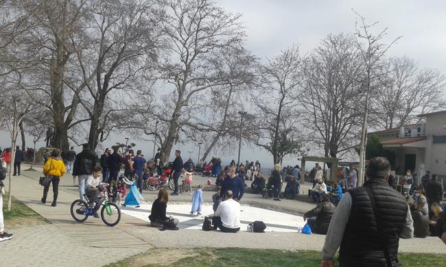 «Πλημμύρισε» (και) σήμερα το πάρκο της Ελιάς