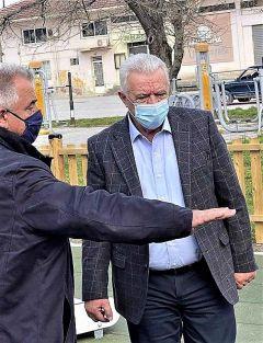 Επίσκεψη του Δημάρχου Παναγιώτη Γκυρίνη στις υπό κατασκευή Παιδικές χαρές του Δήμου Αλεξάνδρειας