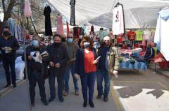 Την Λαϊκή της Αλεξάνδρειας επισκέφθηκε κλιμάκιο του ΣΥΡΙΖΑ ΠΡΟΟΔΕΥΤΙΚΗ ΣΥΜΜΑΧΙΑ