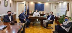 Με τον Υφυπουργό Οικονομικών, Φορολογικής Πολιτικής και ΔημόσιαςΠεριουσίας Απόστολο Βεσυρόπουλο, συναντήθηκε, στην Αθήνα, ο Δήμαρχος Νάουσας ΝικόλαςΚαρανικόλας