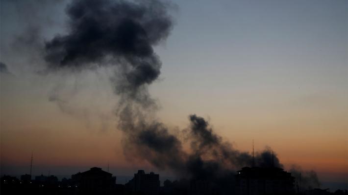 ΛΩΡΙΔΑ ΤΗΣ ΓΑΖΑΣ: Νέοι ισραηλινοί βομβαρδισμοί στη διάρκεια της νύχτας