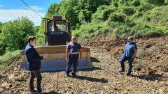 Νάουσα: Ολοκληρώνονται οι εργασίες αποκατάστασης του δρόμου στους «Mύλους»