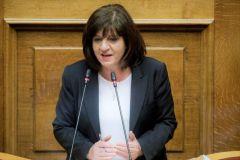 Απάντηση της Φρόσως Καρασαρλίδου στον βουλευτή Λάζαρο Τσαβδαρίδη σχετικά με τα περιφερειακά νοσοκομεία