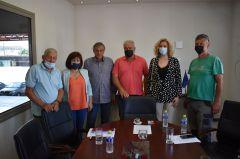 Επίσκεψη της Φρόσως Καρασαρλίδου σε συνεταιρισμούς της Νάουσας και ενημέρωσή τους για την απάντηση του Υπουργείου για τον ΕΛΓΑ και το Ταμείο Ανάκαμψης.