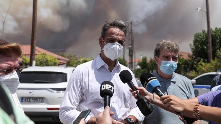 ΚΥΡ. ΜΗΤΣΟΤΑΚΗΣ: Συνεχίζει να προκαλεί τους πυρόπληκτους λέγοντας τους ότι η κυβέρνηση κάνει το «καλύτερο δυνατό»