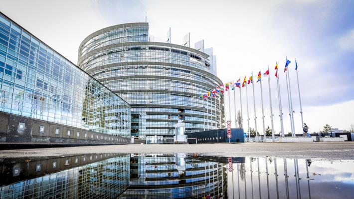 ΕΥΡΩΚΟΙΝΟΒΟΥΛΙΟ: Ένα ακόμα υποκριτικό ψήφισμα για τα «δικαιώματα» και τις «διακρίσεις»
