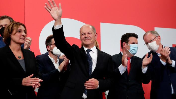 ΕΚΛΟΓΕΣ ΣΤΗ ΓΕΡΜΑΝΙΑ: Πρώτο το SPD με 25,7%, στο 24,1% το CDU, πέφτει στο 4,9% η Λίνκε