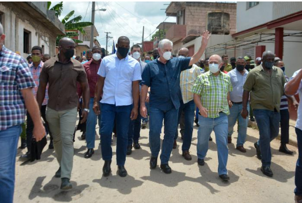 Κούβα: Ο δρόμος ανήκει στους επαναστάτες, όχι στους μισθοφόρους!