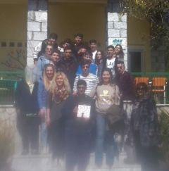 Δράσεις του 4ου ΓΕΛ για τους πρόσφυγες -Εκπαιδευτική Επίσκεψη μαθητών της Α΄Λυκείου στον Ξενώνα Ανήλικων Προσφύγων της ΑΡΣΙΣ στο Ωραιόκαστρο Θεσσαλονίκης