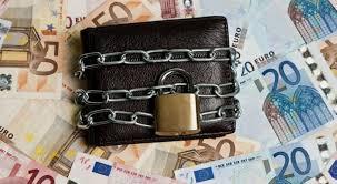 Περί «πολιτικής απάτης»