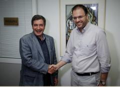 Συνάντηση Θανάση Θεοχαρόπουλου με Γιώργο Καμίνη στα γραφεία της ΔΗΜΑΡ