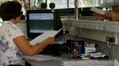 «Ξεπαγώνει» με τροπολογία η «αξιολόγηση» στο Δημόσιο