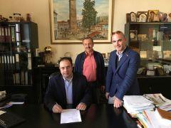 Σύμβαση για την κατασκευή γέφυρας στην Πατρίδα υπέγραψε ο Δήμαρχος Βέροιας