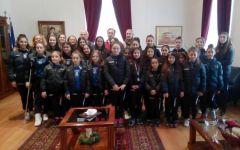 Οι αθλήτριες της Αισθητικής Γυμναστικής του Φιλίππου στον Δήμαρχο