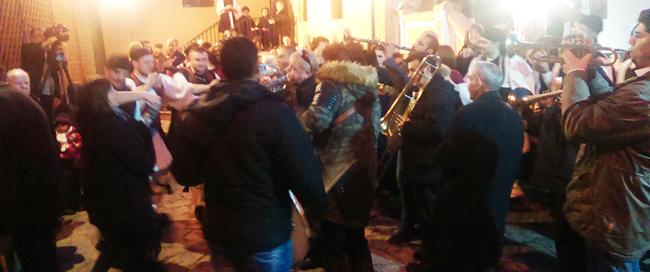 Οι Βλάχοι ζωντάνεψαν το καρναβάλι στη Βέροια με την αναβίωση του εθίμου ''Των Καπεταναίων''