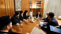 ΣΥΝΑΝΤΗΣΗ ΤΣΙΠΡΑ και ΙΕΡΩΝΥΜΟΥ Ανακοίνωσαν συμφωνία για μισθοδοσία κληρικών και εκκλησιαστική περιουσία