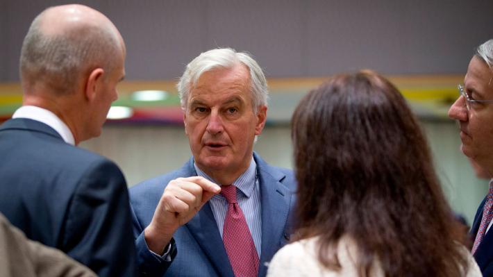 Οι «27» ενέκριναν το σχέδιο συμφωνίας για το Brexit